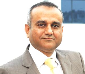 Dr Mahesh Inder