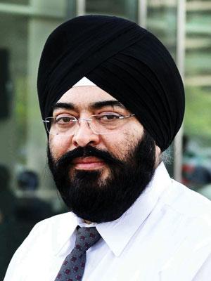Dr Amardeep Singh Kohli,