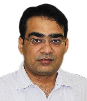 Dr Manu Tiwari