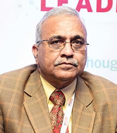 Dr Girdhar J Gyani