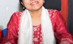 Dr Daksha Shah