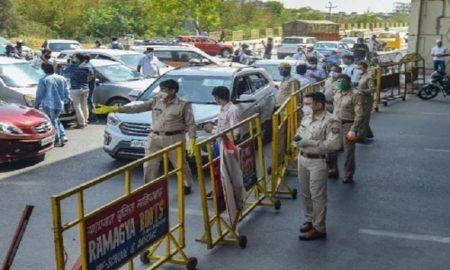 Delhi closes borders