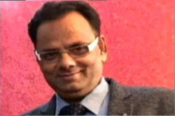 Dr Asheem Gupta