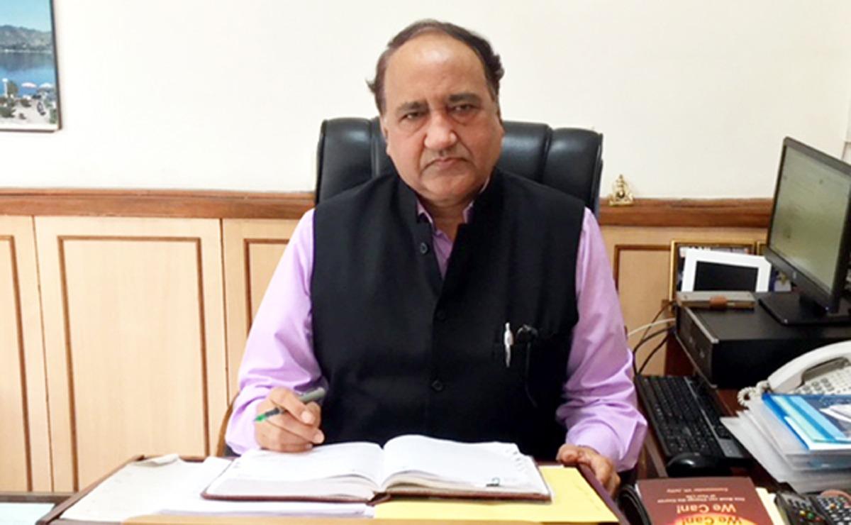 Dr Shakti Kumar Gupta , AIIMS-Jammu Director