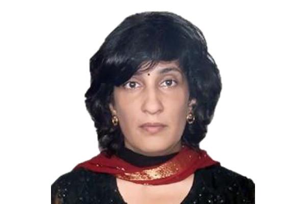 Dr Seema Khanna